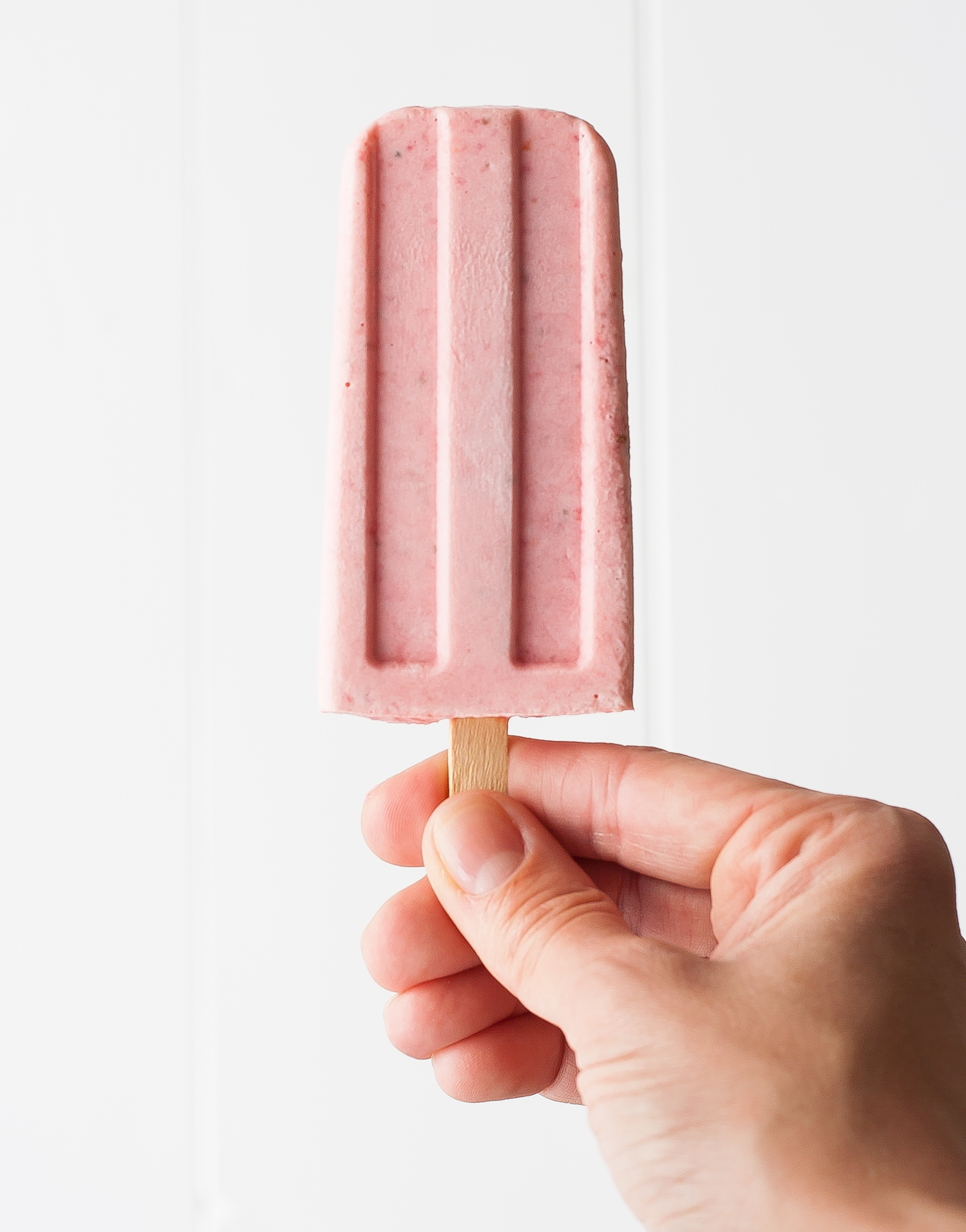 strawberry orange mascarpone popsicles