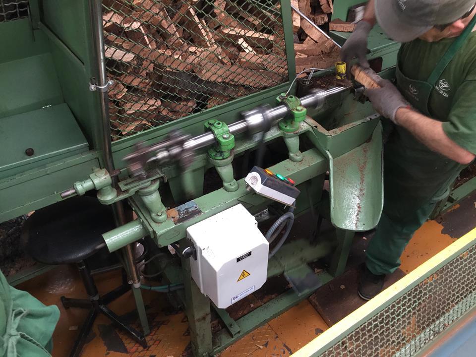 コルクコルクコルク!コルク栓の製造工程を見てきました。