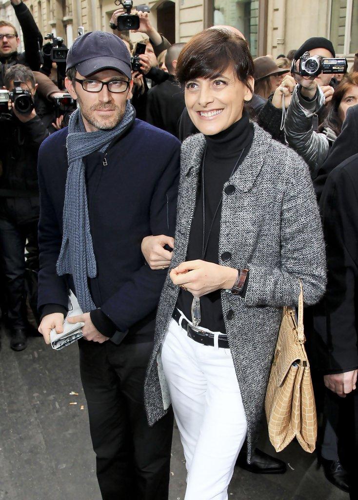 Ines+de+la+Fressange+Chanel+Haute+Couture+kDS6yyYAz9ix.jpg