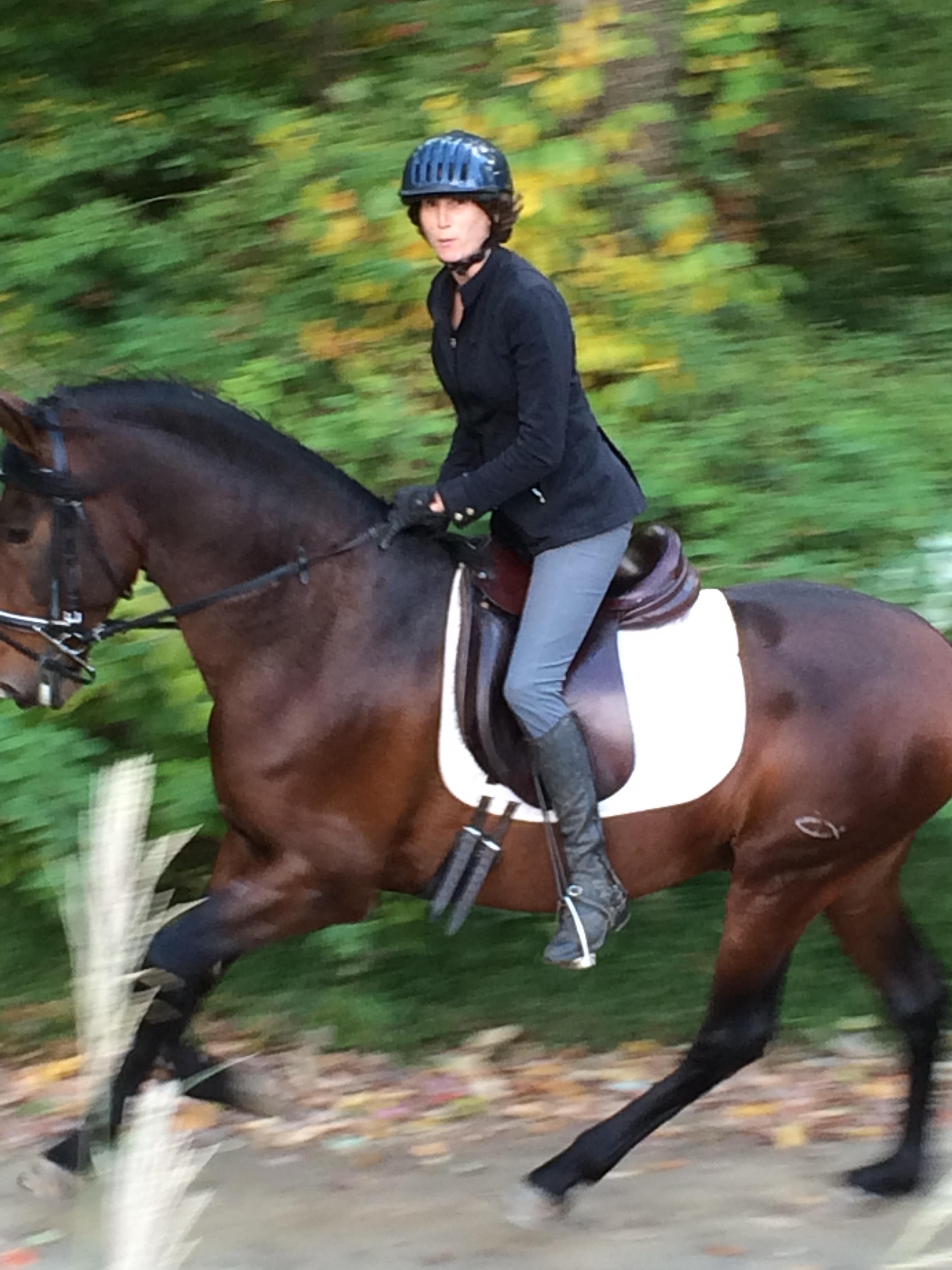 Bettina Drummond riding Soledad IA