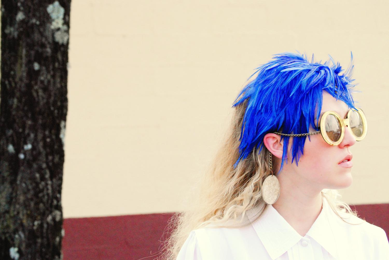 megan_blue+feathers_0017.jpg