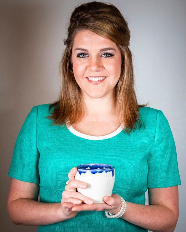 @marvelousmissmeaday poses with a cup of the most delicious imaginary tea.