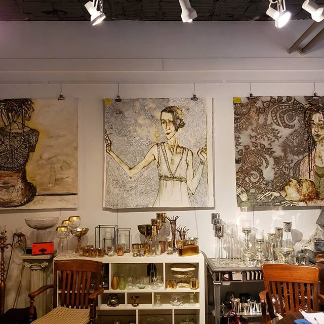 "Did you know Anna Held is also an art gallery? We're currently featuring the art of Nancy Rosen, the Chicago artist behind Frankie's art on the Netflix series ""Grace and Frankie"" Stop in and check it out!  #chicagoartist #chicagoart #chicagoflorist #graceandfrankie #localartist"