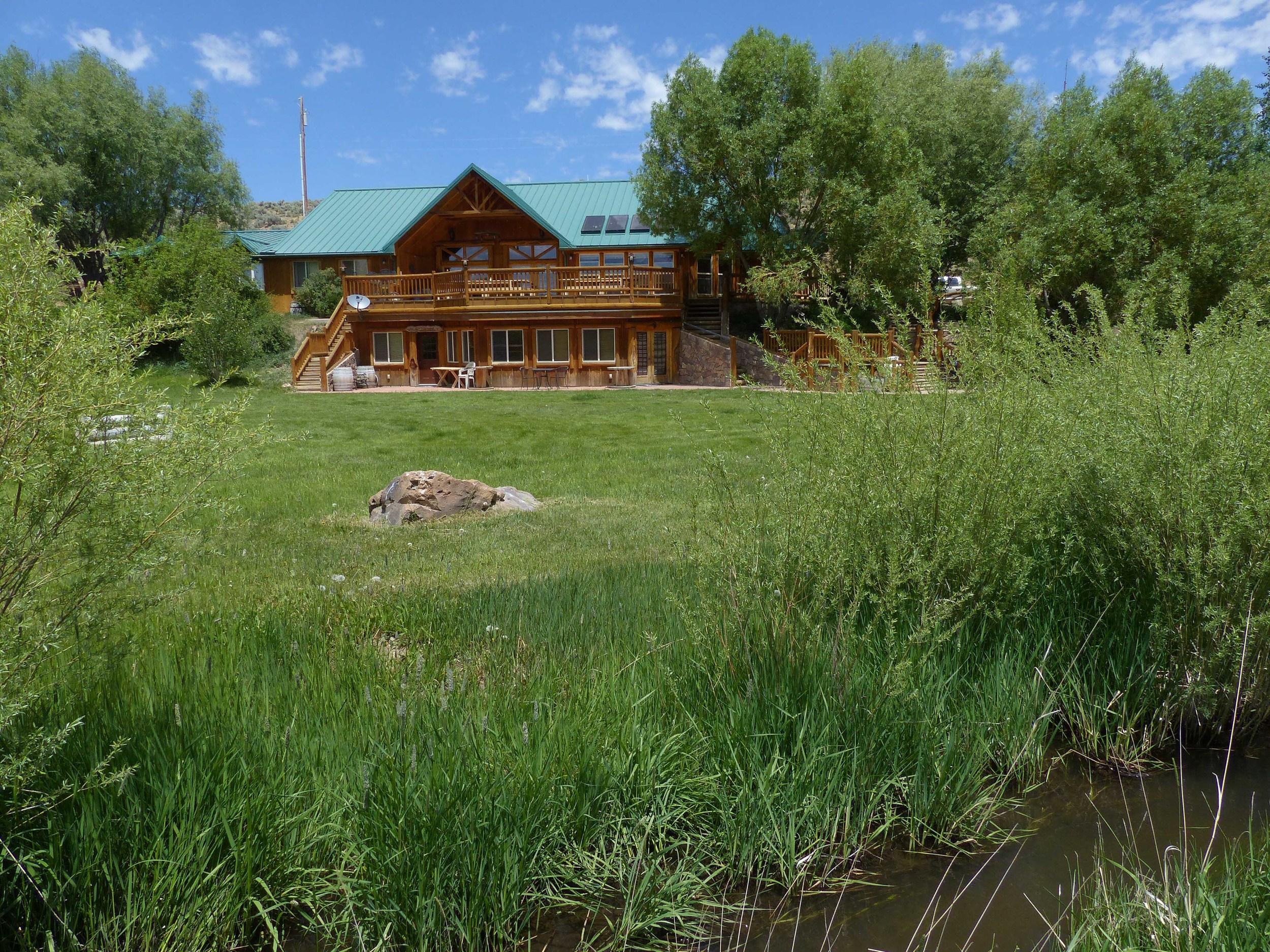 1c P1150885 Cottonwood lodge.jpg