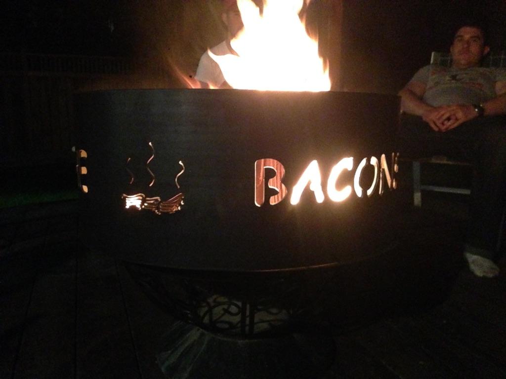 baconfirepit3.jpg