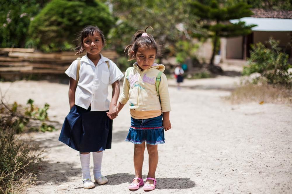 On their way to school, Las Sabanas