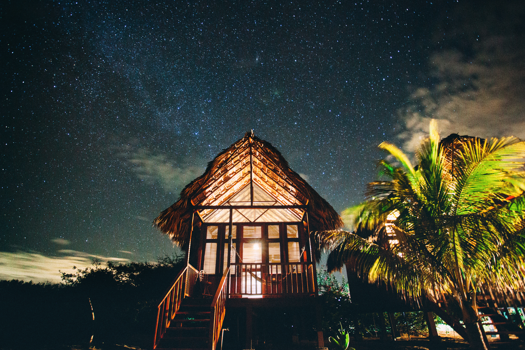 Small nicaraguan hut, underneath the giant.