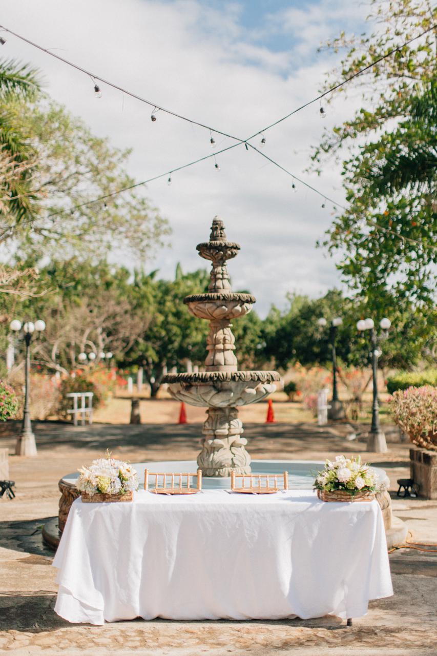wedding nicaragua table