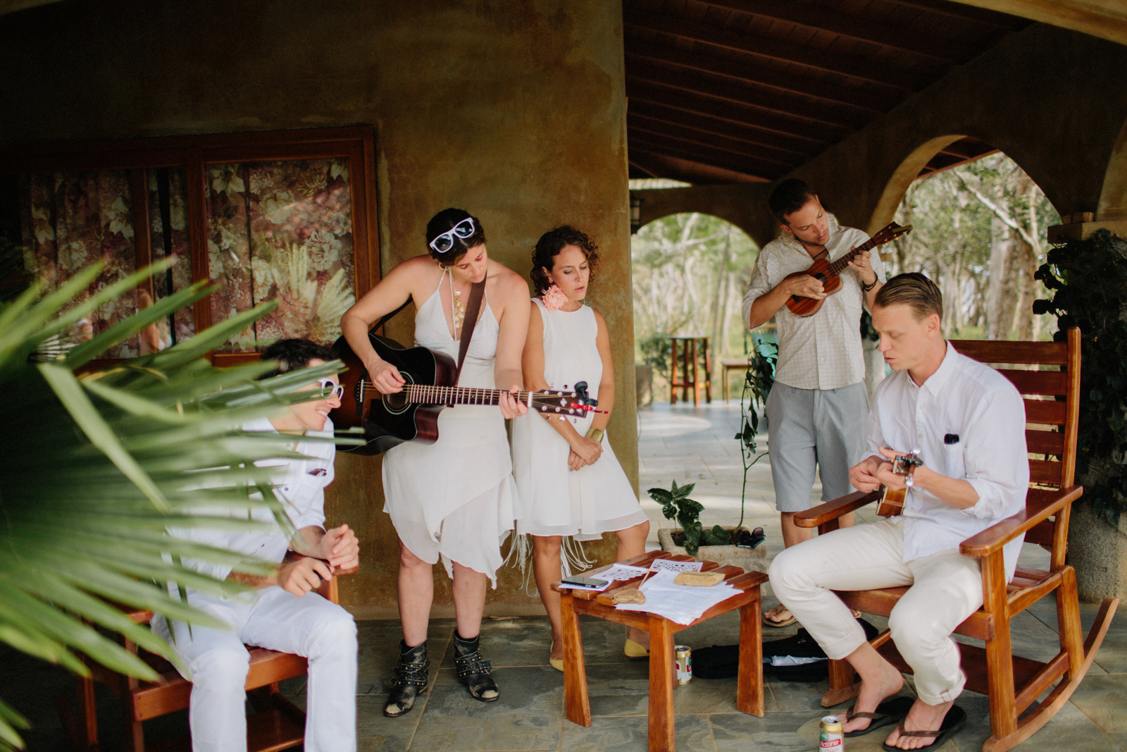 Singing during the wedding. Nicaragua photography