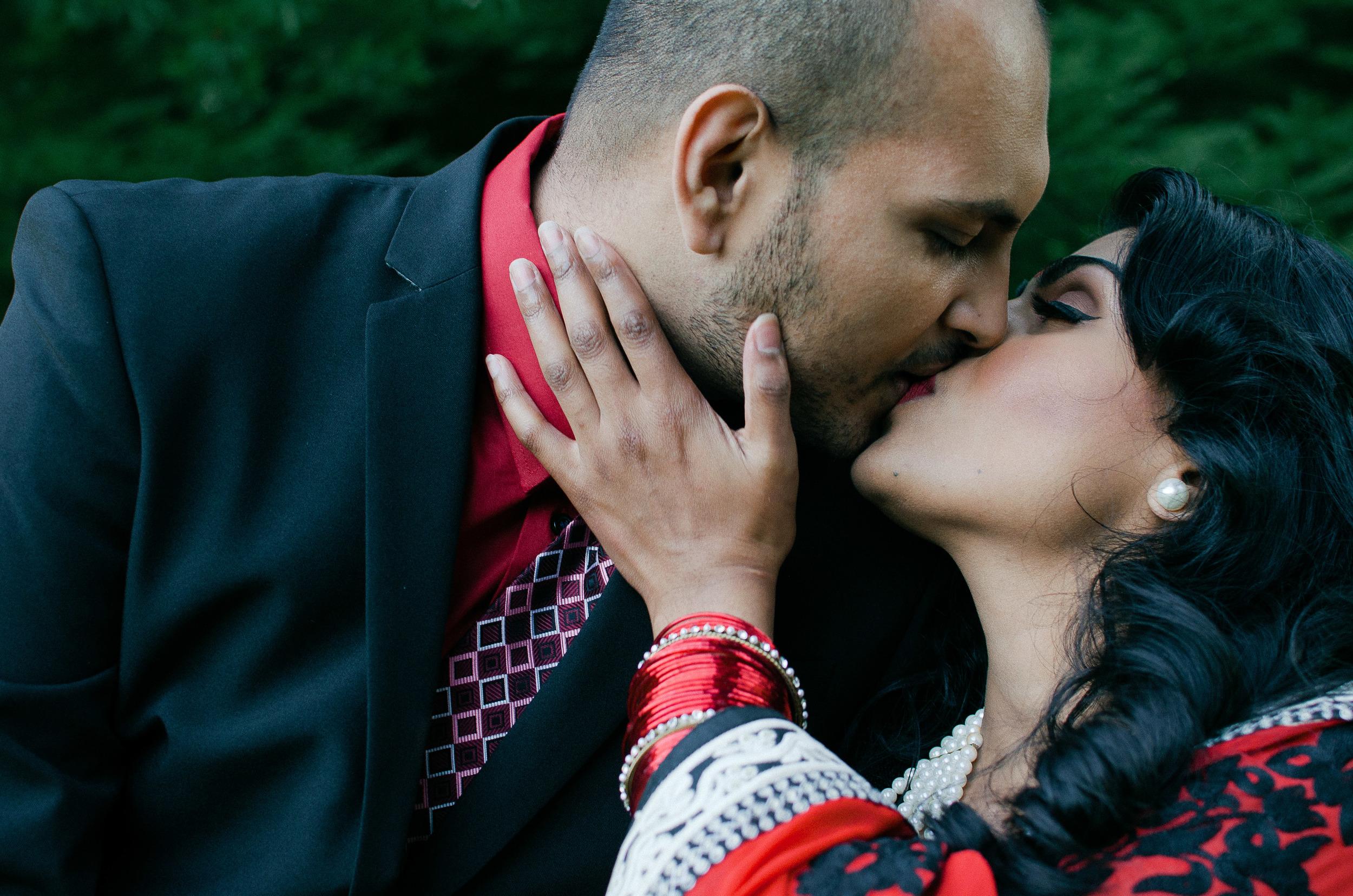 Amresh + Salona_Katie Powell Photography Vancouver Engagement Stanley Park Portraits-11.jpg