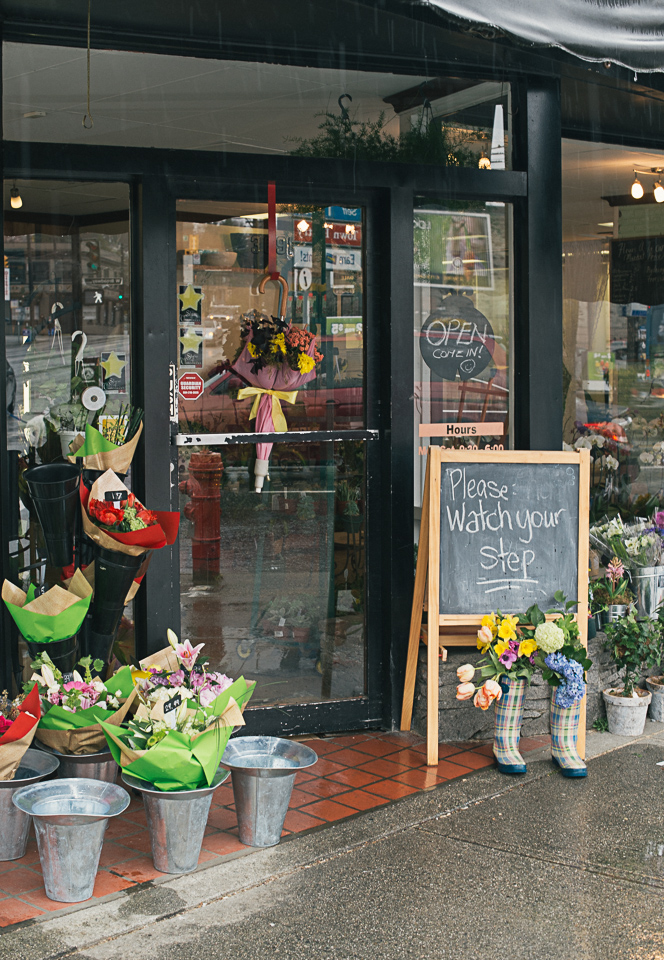Katie Powell Photography_Vancouver_Florist_Mayhew Sherwood-21.jpg