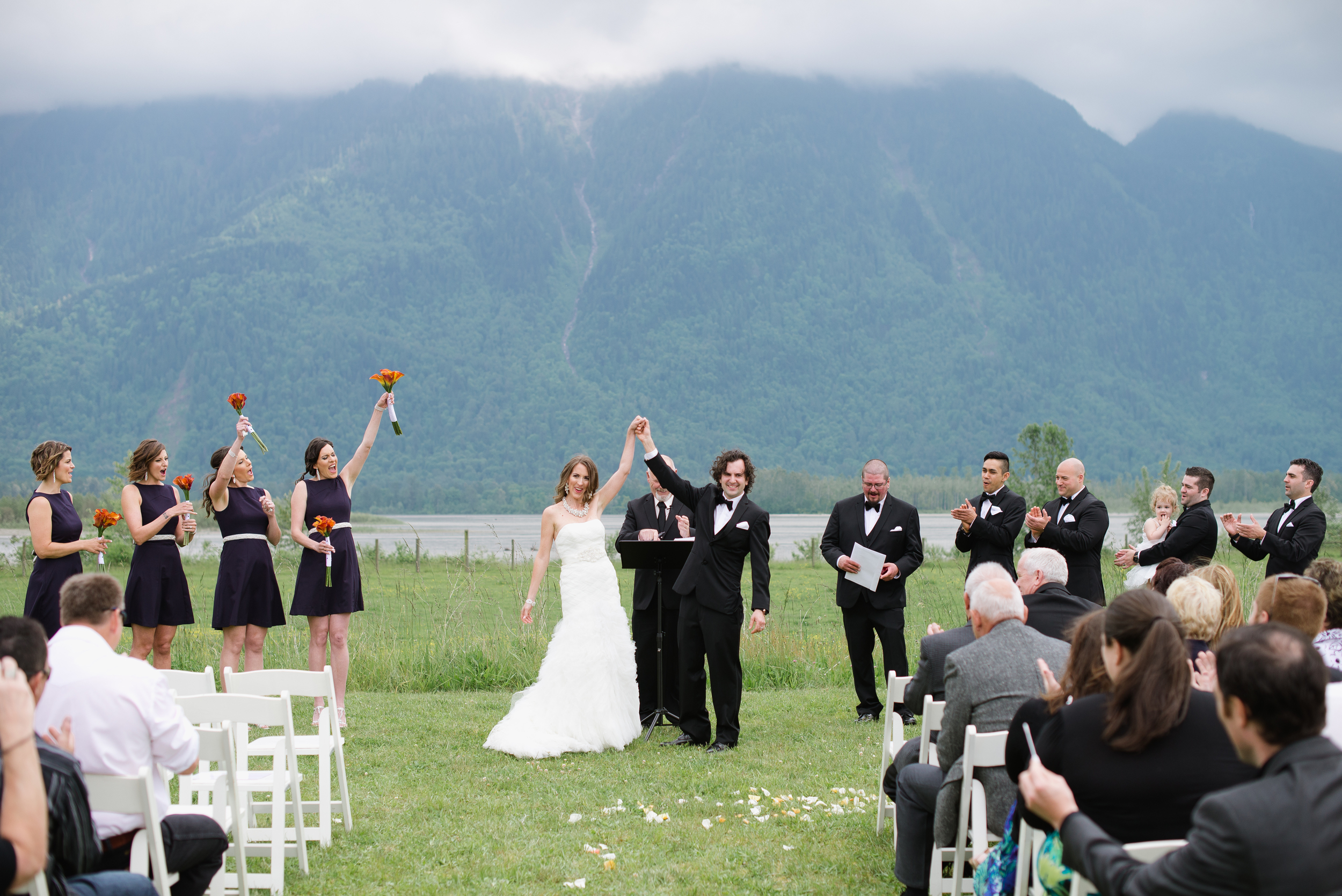 Fraser River Lodge Wedding_14.jpg