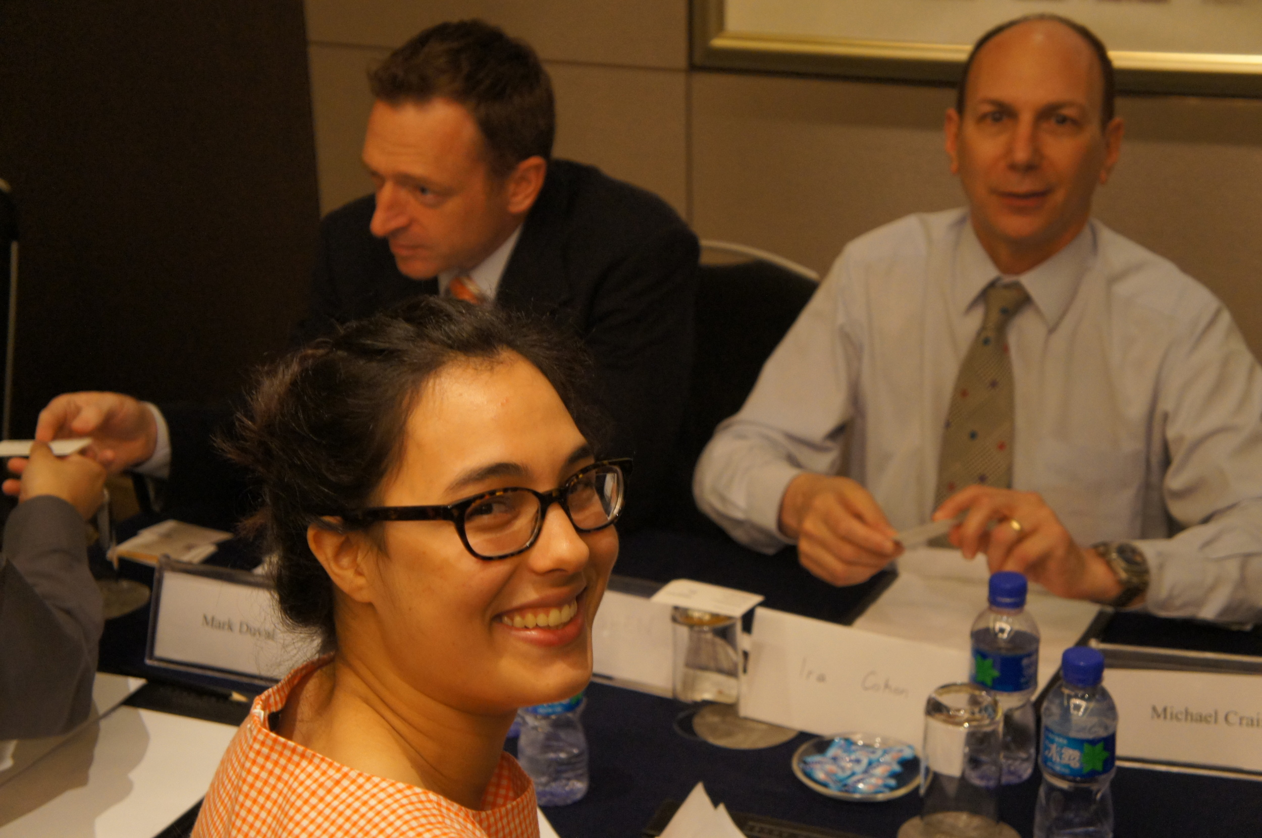 Our summer intern Percia having a great conversation with Ira Cohen, Executive Director of China EMBA Program