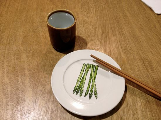 Wood and porcelain, fine cutlery dinner