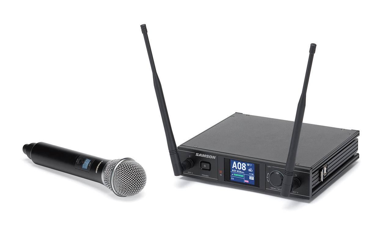 Wellington wireless microphone hire Handheld System .jpg