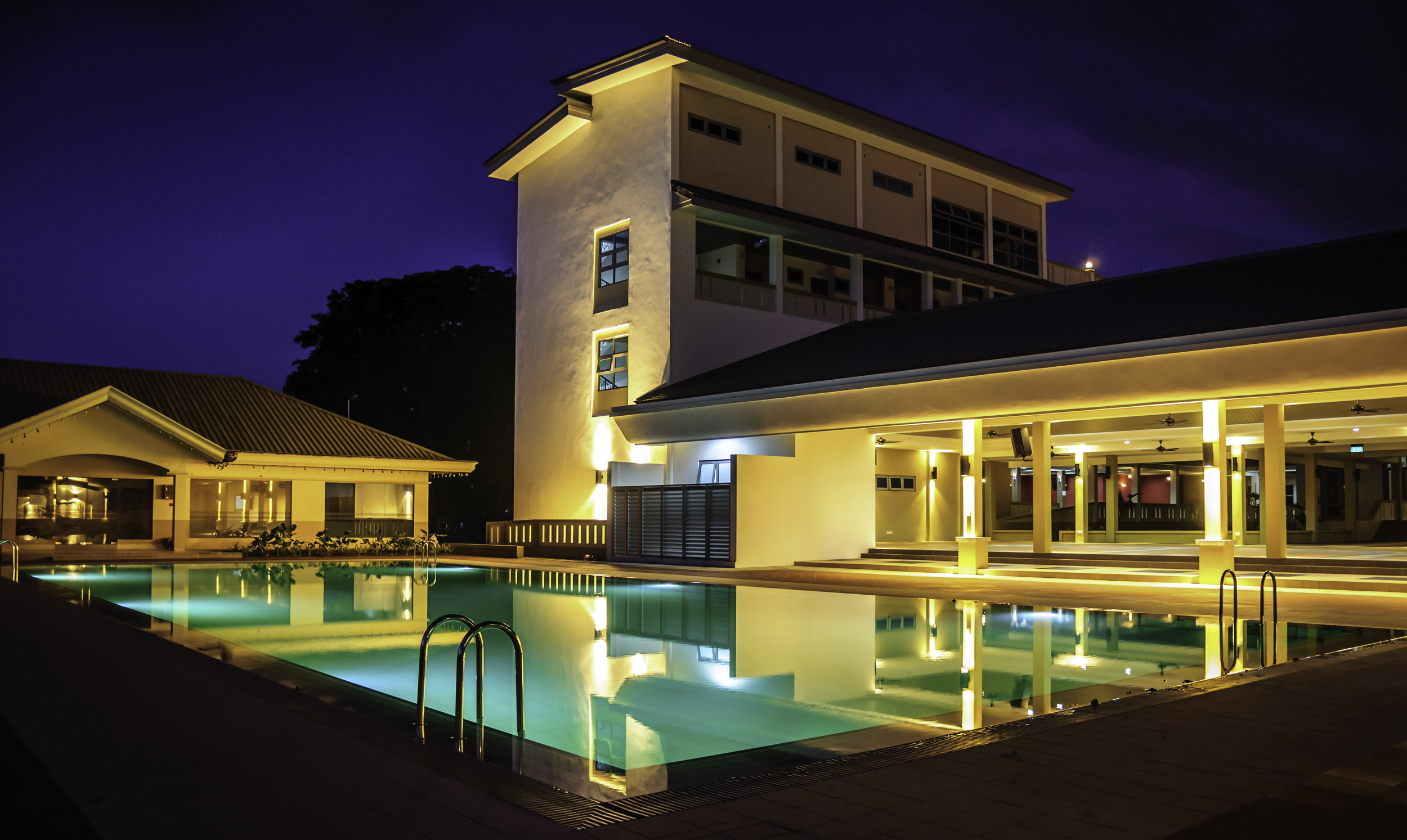 Pool view2.jpg