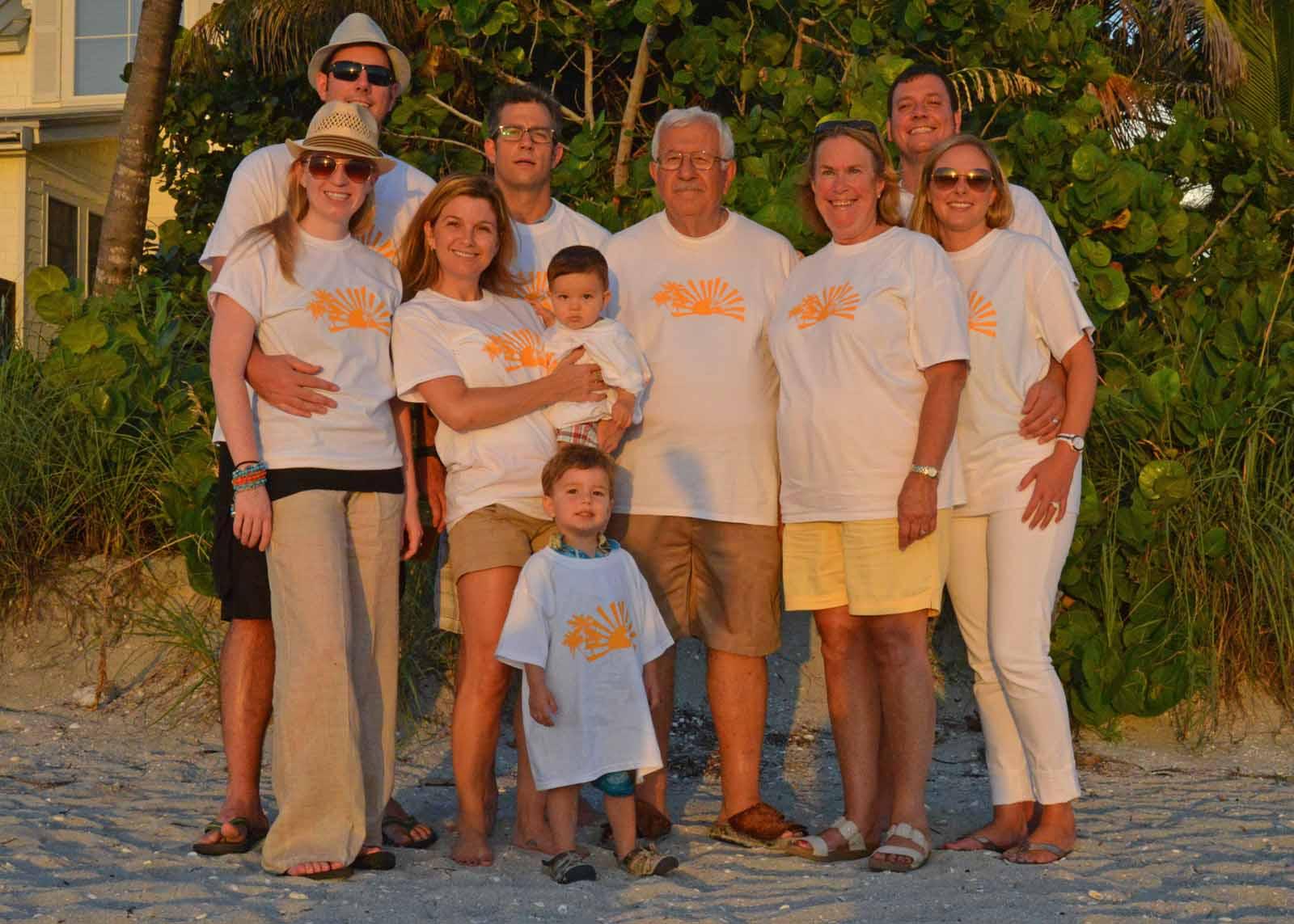 Ghantous Family Photo Beach 2013.jpg