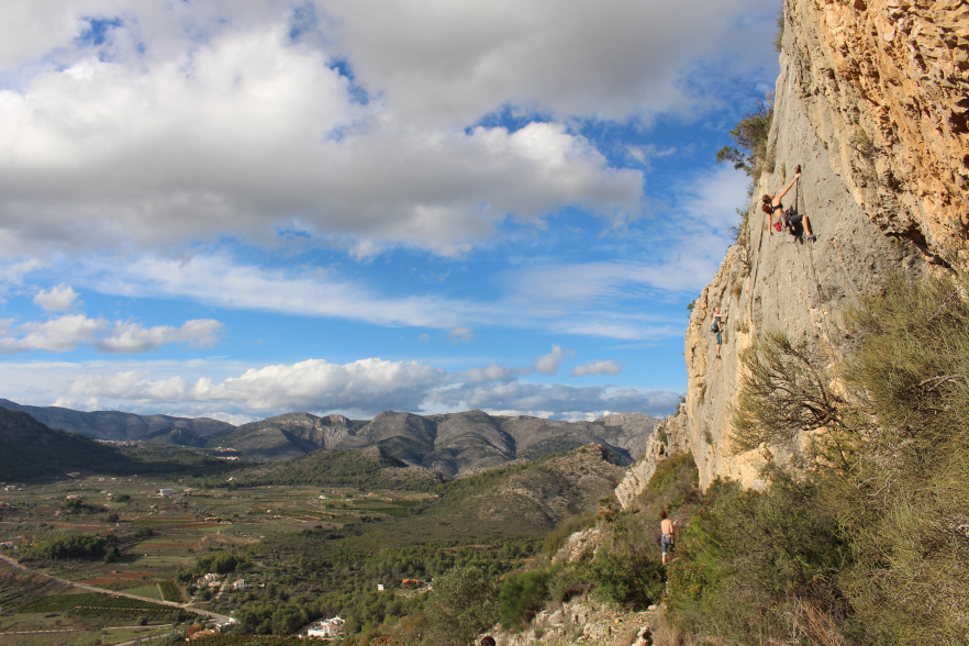 Climbing and Yoga Spain
