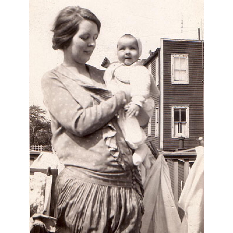 Alice and Santillana 1927