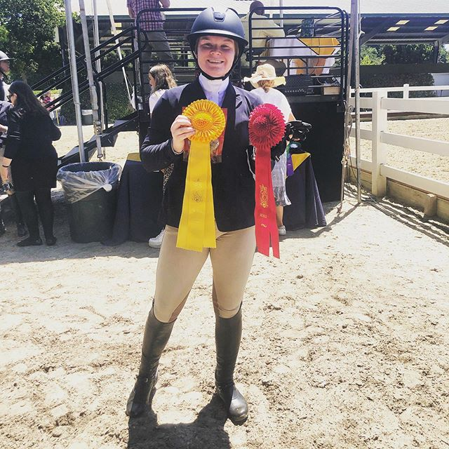 Kathleen Bassett taking him a red and a yellow ribbon after two stellar rounds in the A/A hunters—earning an 86 on Dior and an 85 on Lionheart!