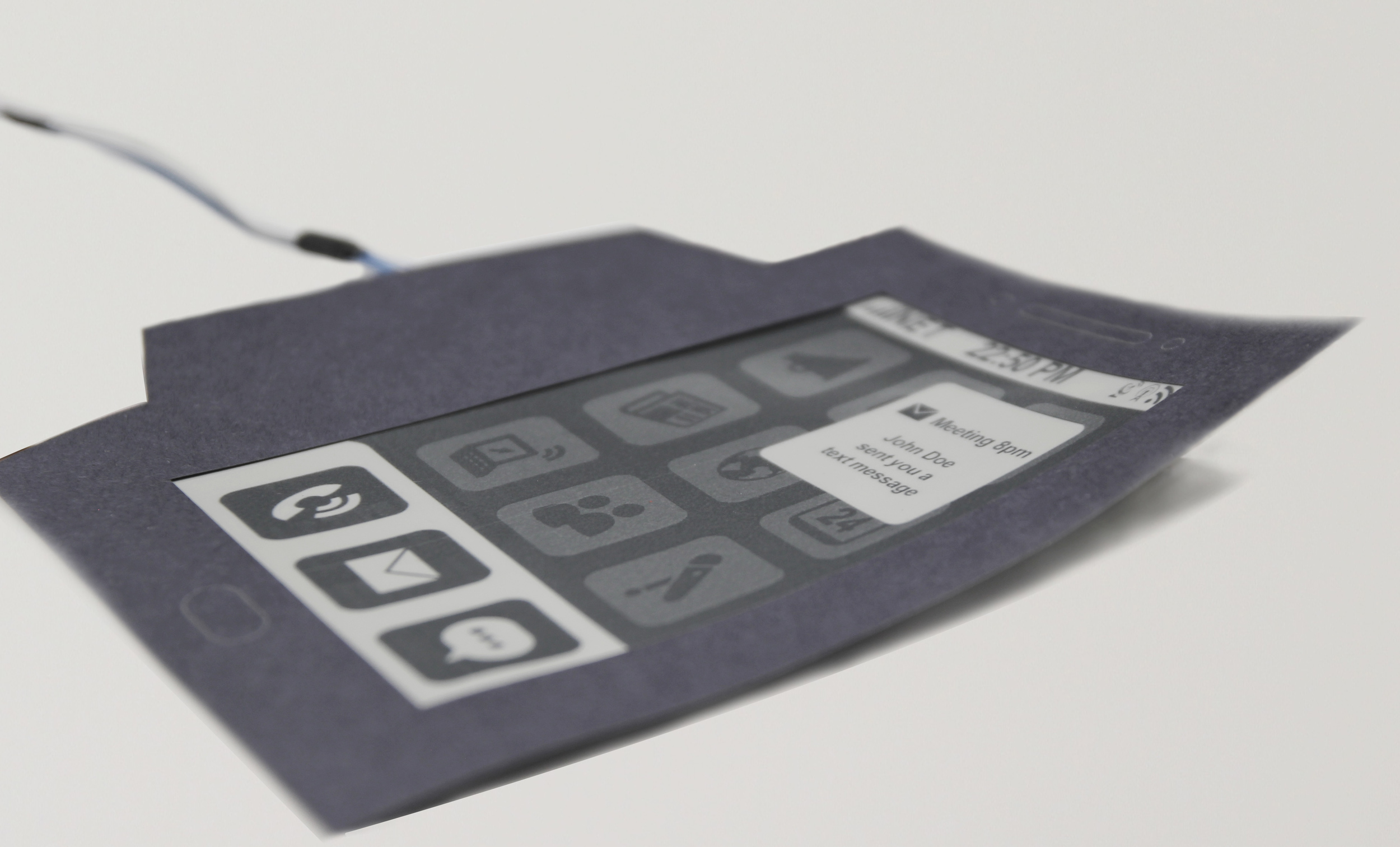 morephone (2013): message notification (side view)