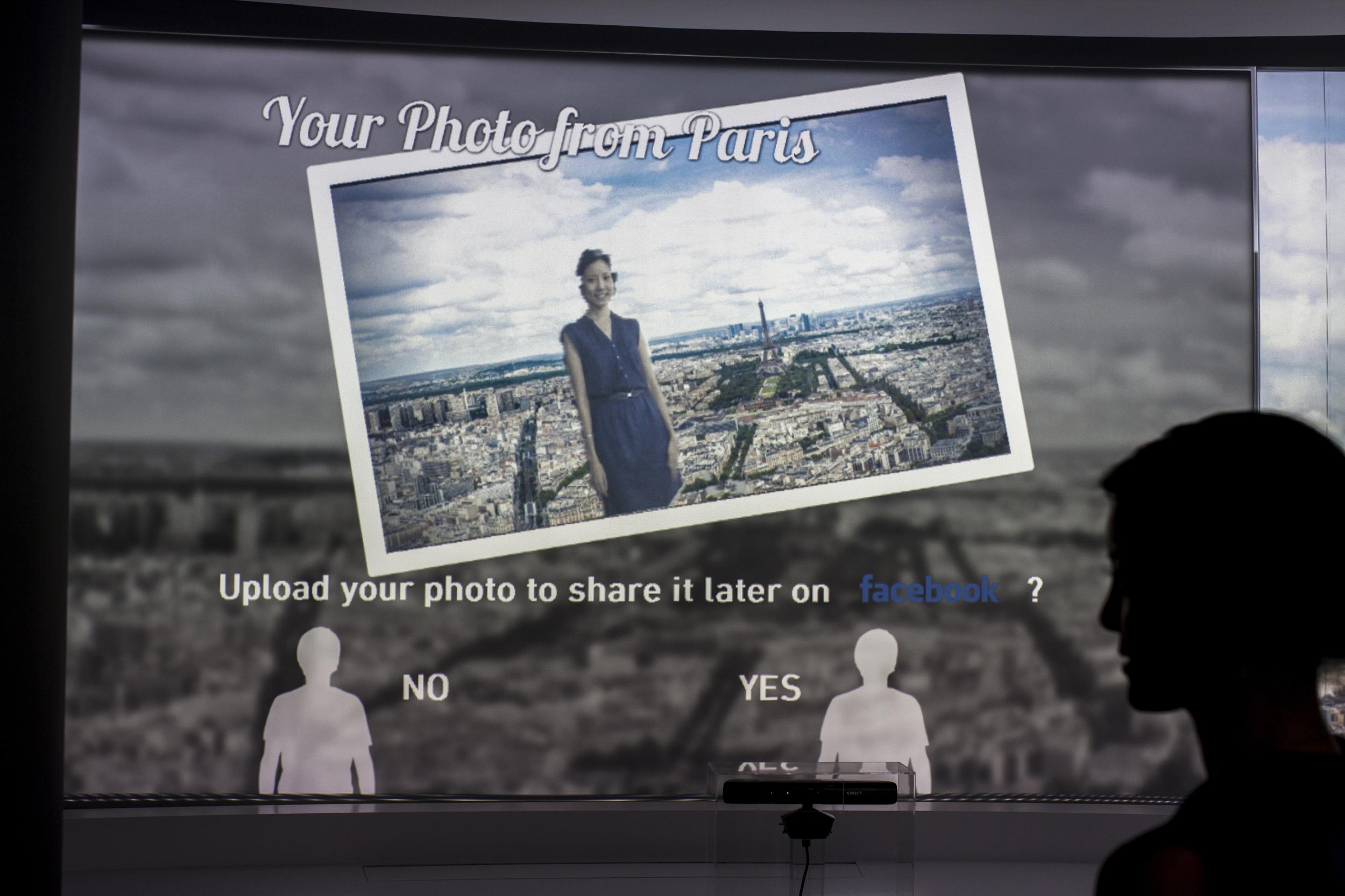 facebooking a picture in situ