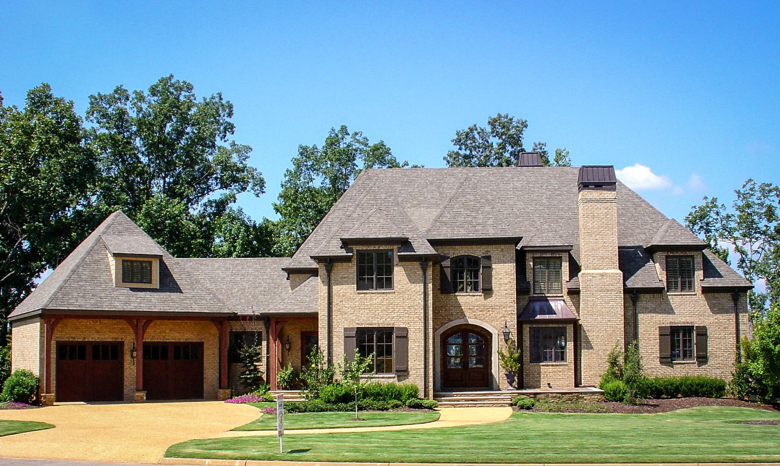 Toulmin Homes - Tuscaloosa, AL custom home builder and remodeler (1 of 4).jpg