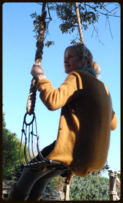 Metal Twist Swing