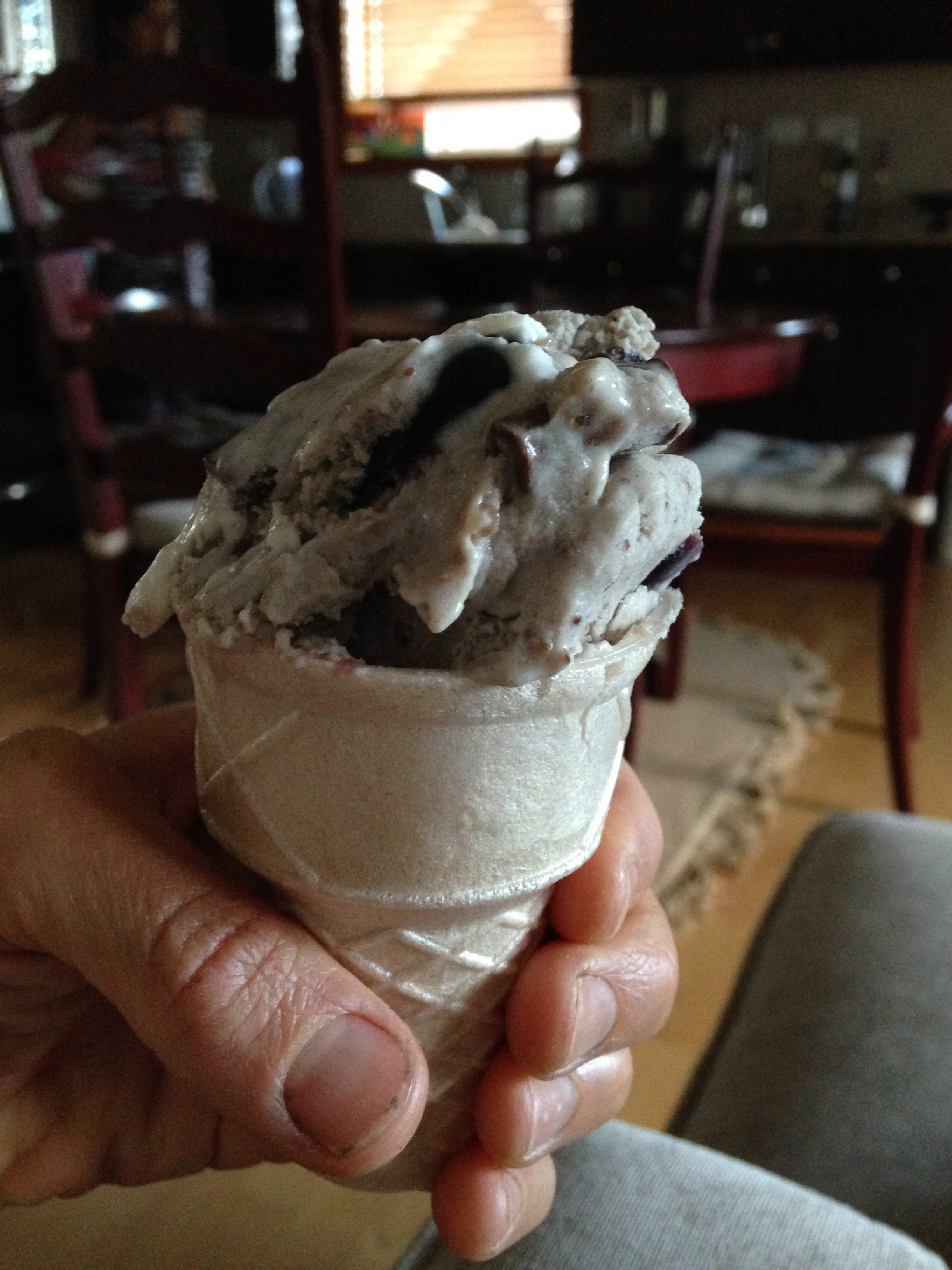 I love my ice cream on a gluten free cone.  These cones  have pretty paleo friently ingredients and can be a nice little paleo cheat #notperfectpaleo.