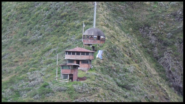 houses-in-the-mountain-2723722_640.jpg