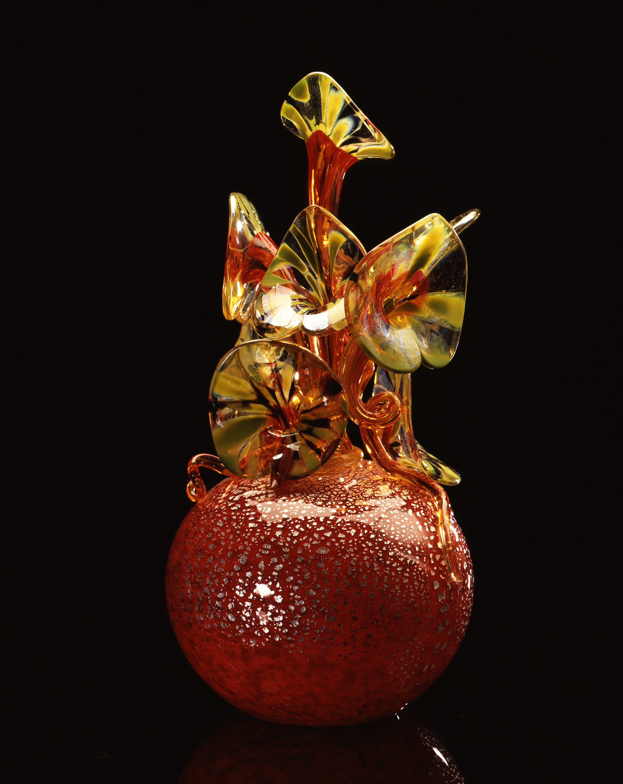 Dale Chihuly,  Red Speckles Piccolo Venetian with Red Coild and Green Lilies  (1994, glass, 12 x 5 x 6 inches)