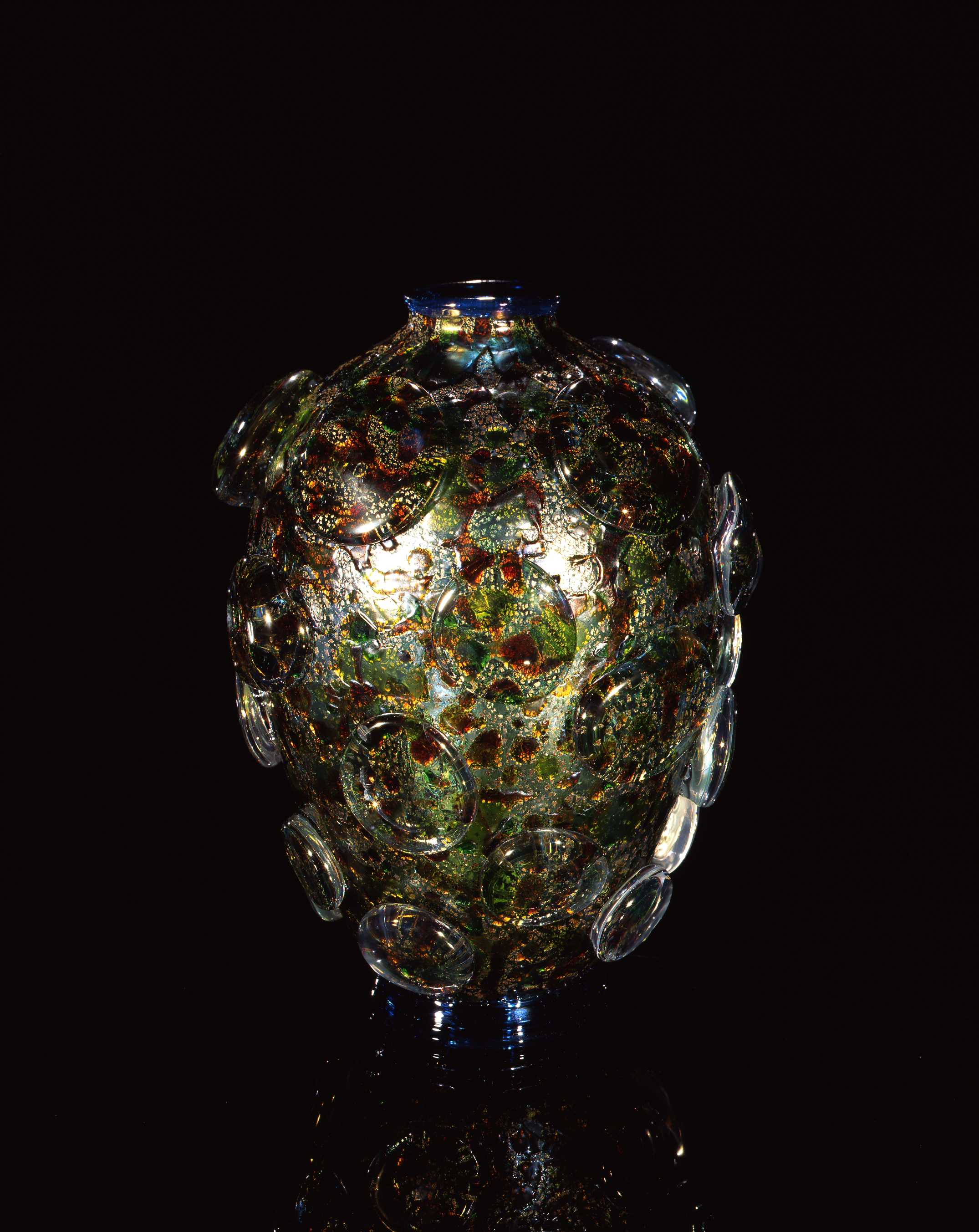 Dale Chihuly,  Imp Green Piccolo Venetian with Gold Leaf  (1997, glass, 9 x 7 x 6 inches)