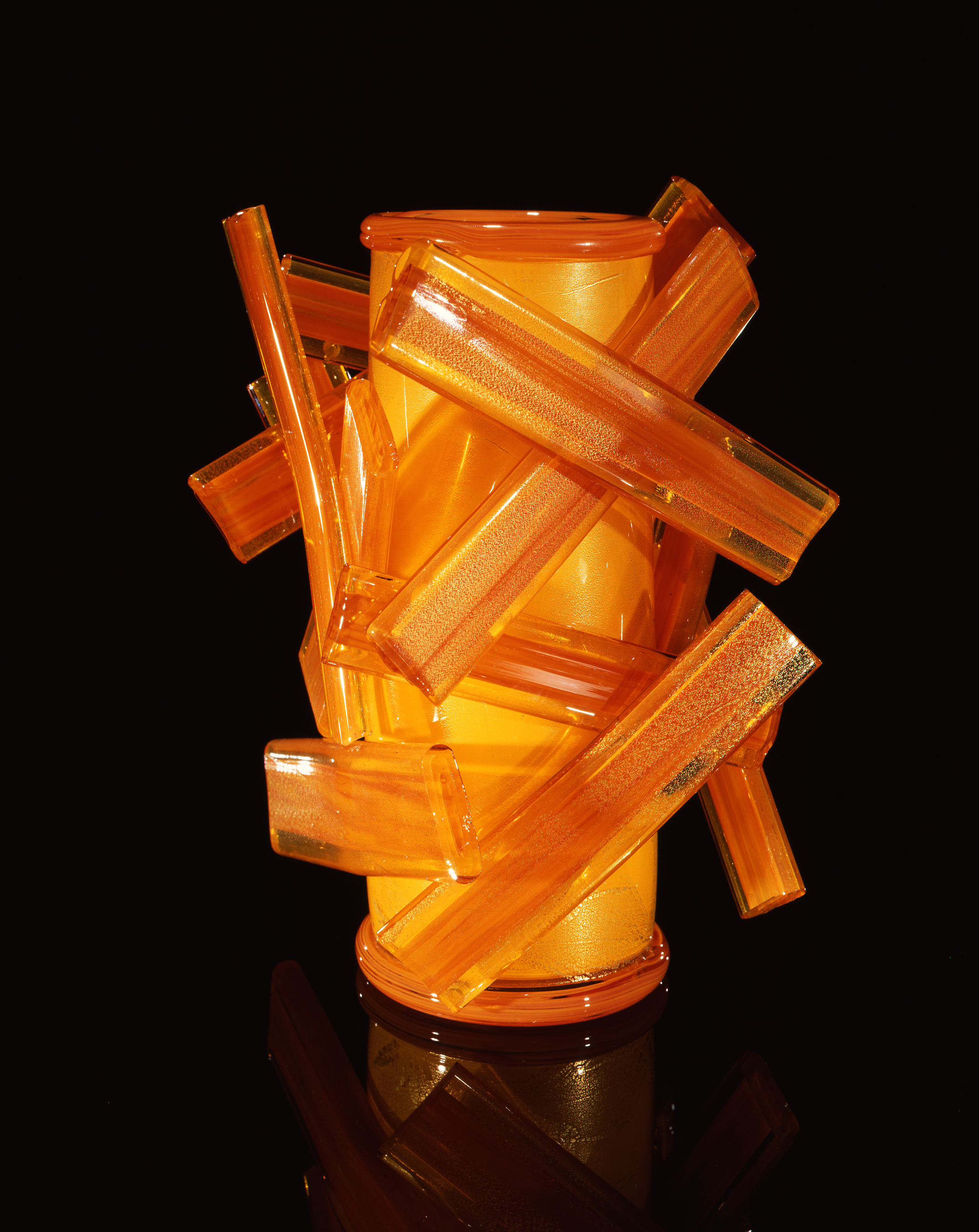 Dale Chihuly,  Persimmon Piccolo Venetian with Orange Swizzles  (1997, glass, 8 1/2 x 7 x 8 inches)