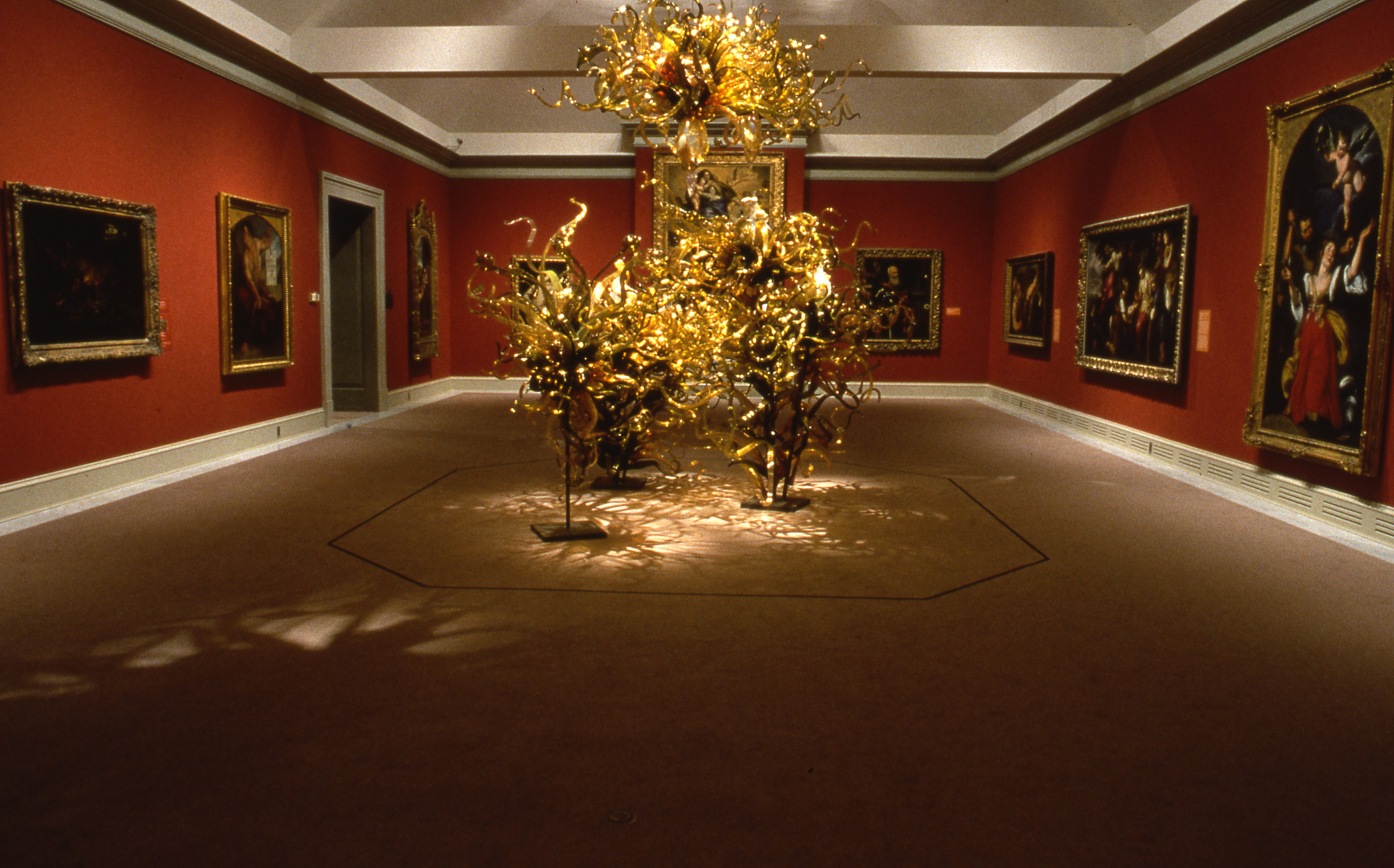 Dale Chihuly,   Laguna Murano Chandelier   (Chrysler Museum, Norfolk, Virginia, 1999)