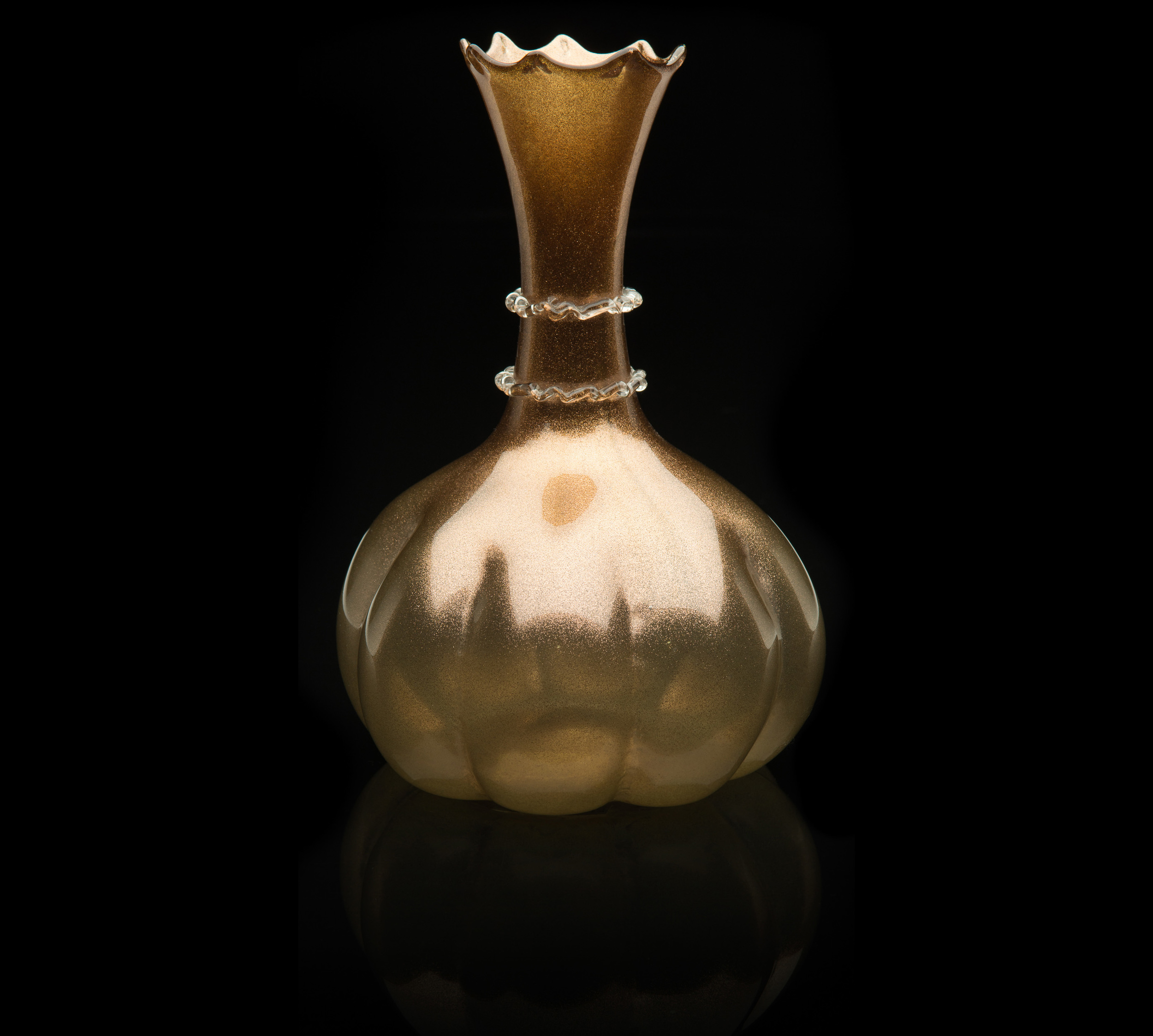 Unknown Venetian, Carafe with Lobed Body and Rigaree Decorated Neck (1890-1910,glass), VV.548