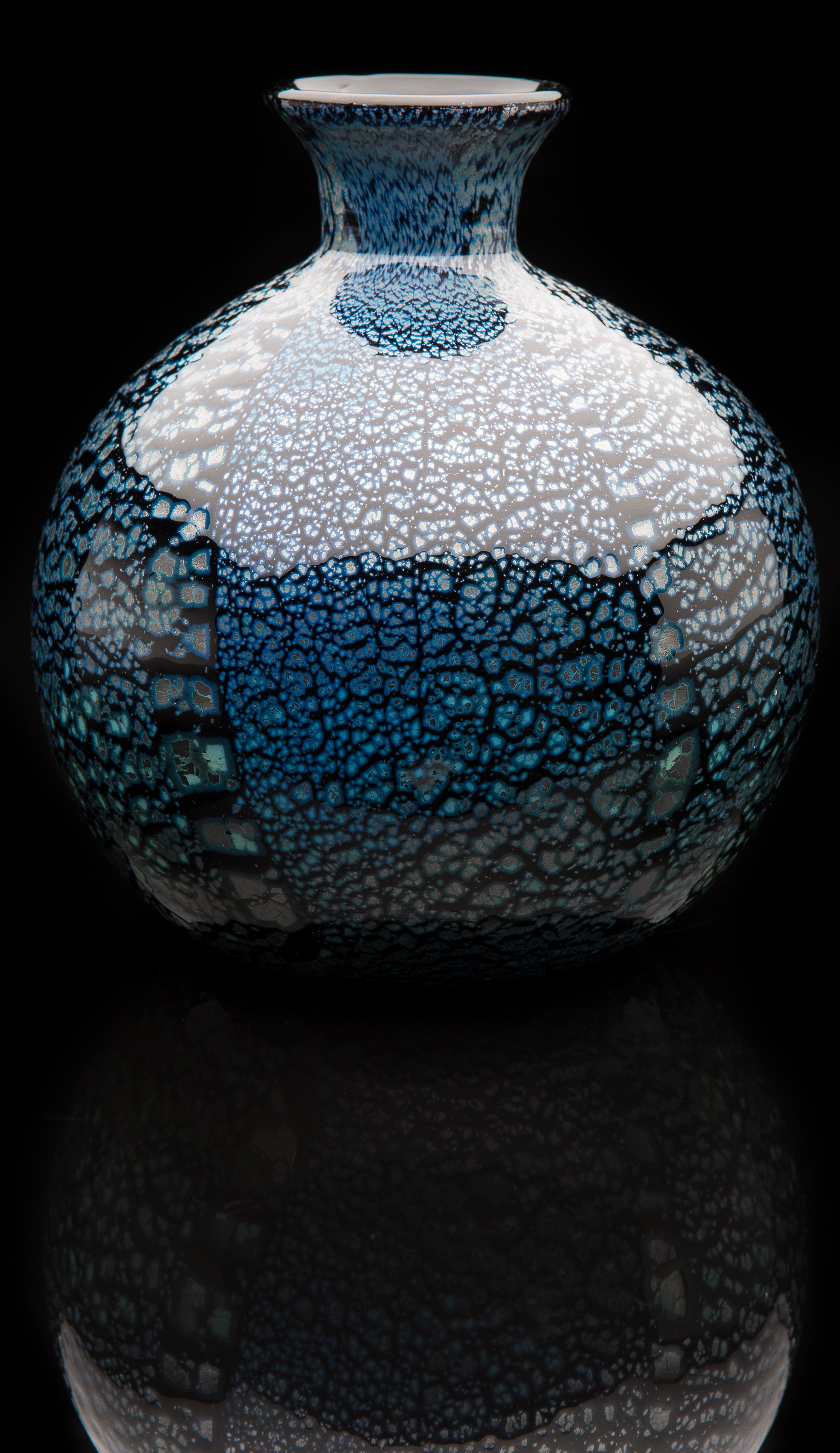 Lorenzo Radi Junior,  Blue Vase with Flared Short Neck and Applied Silver Foil  (glass, 6 inches), VV.1141