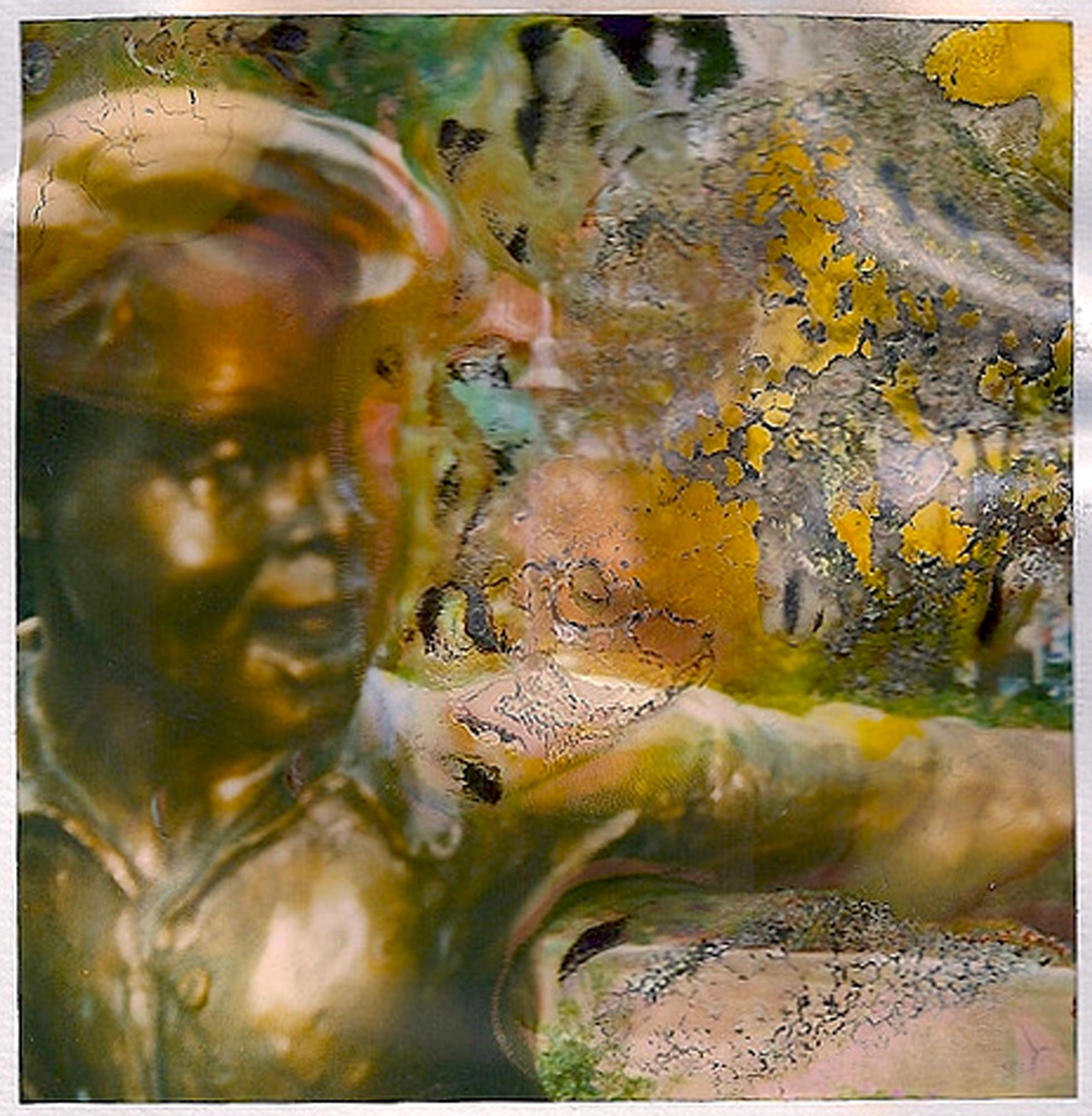 dancing statues 03.jpg