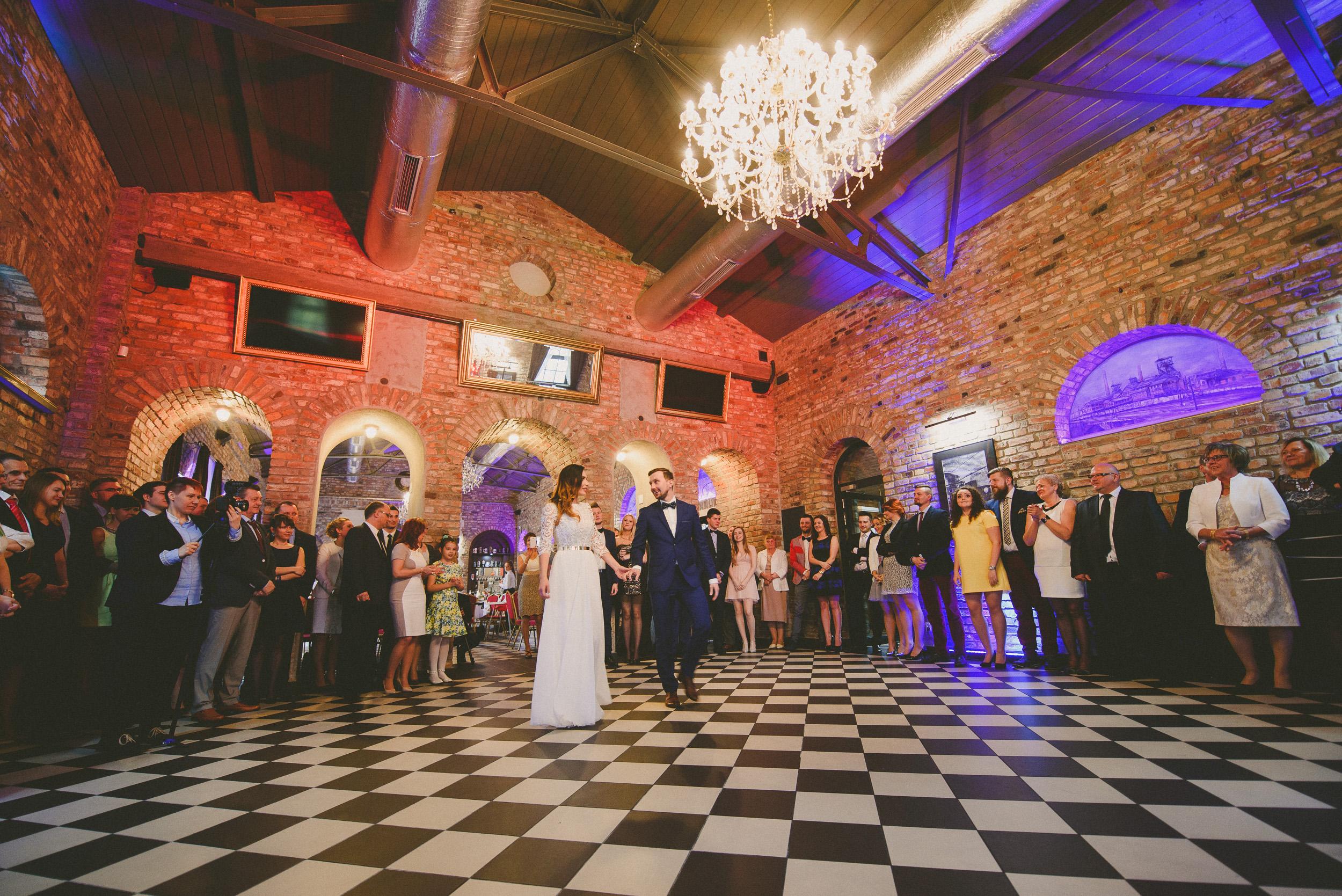 Industrialny ślub w Szybie Bończyk - Roksi i Grześ <3