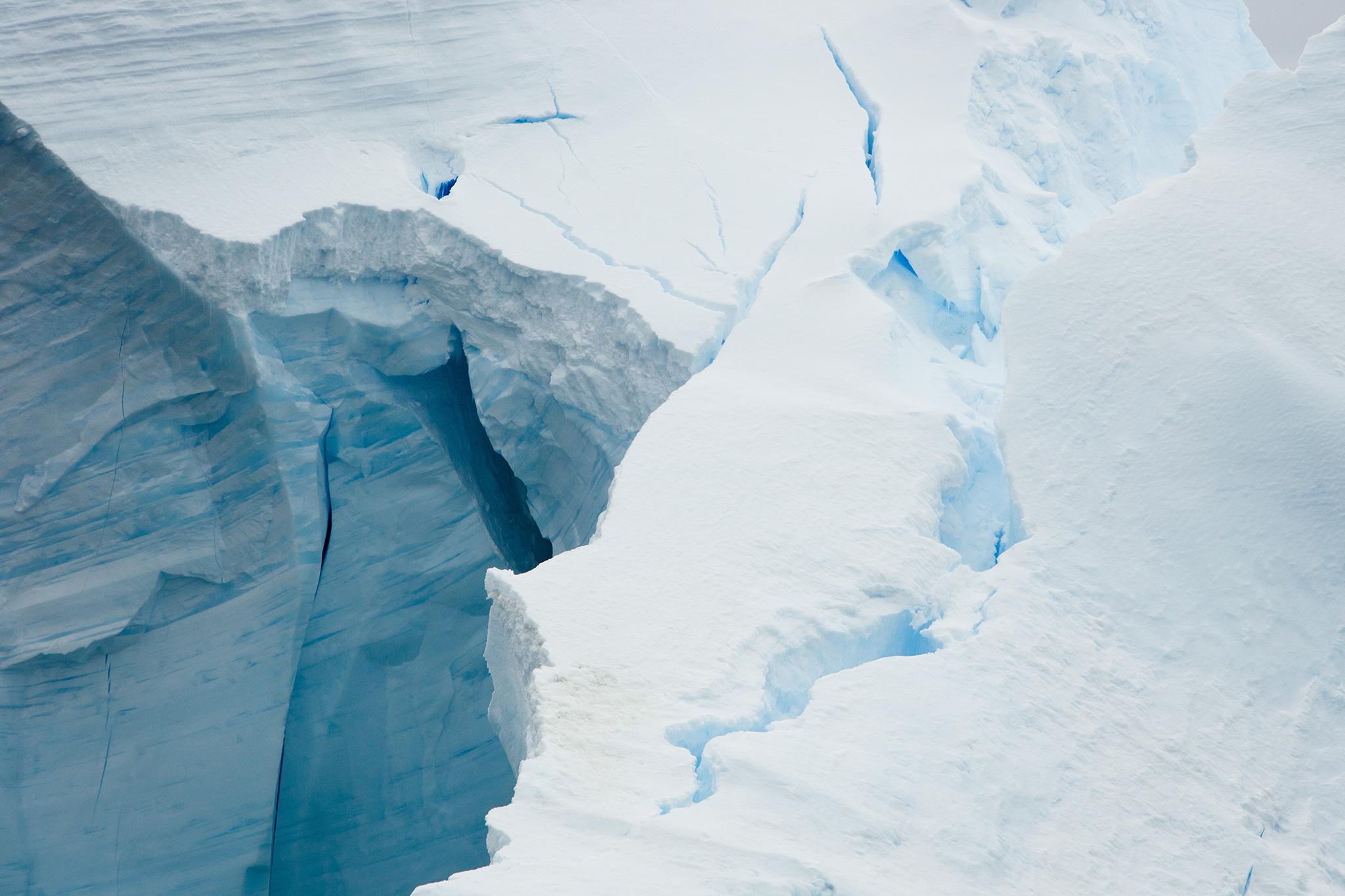 003-TW-Icebergs-140109.jpg