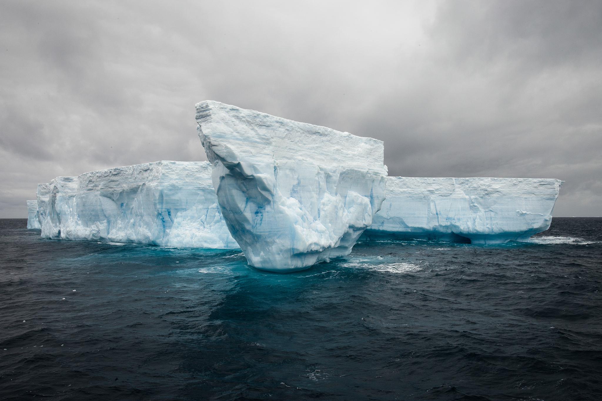 008-TW-Icebergs-140109.jpg