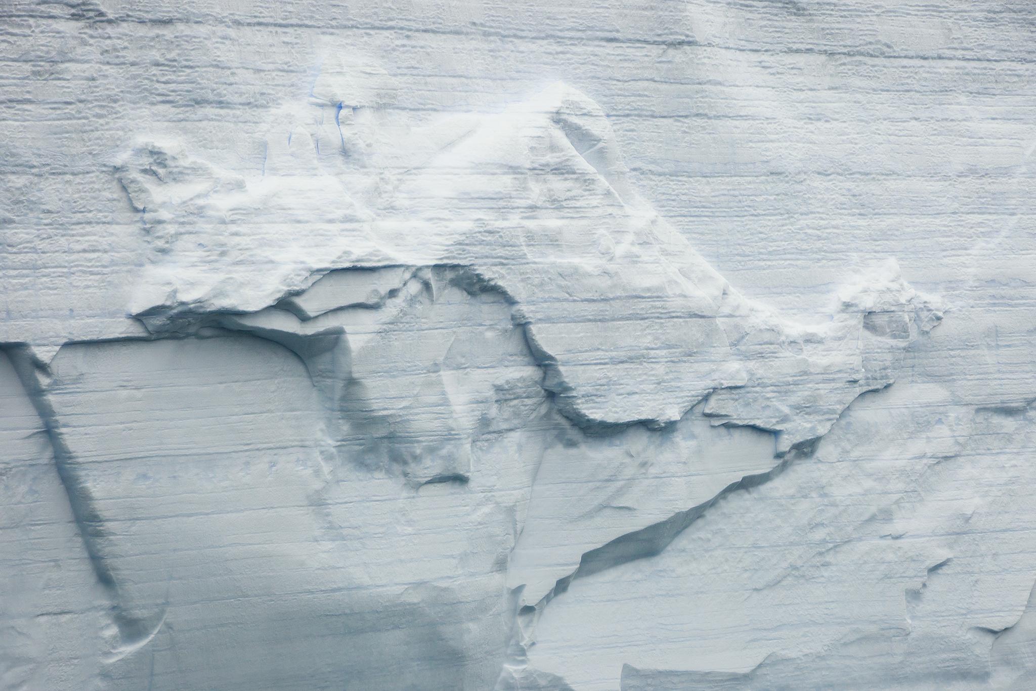 011-TW-Icebergs-140104.jpg