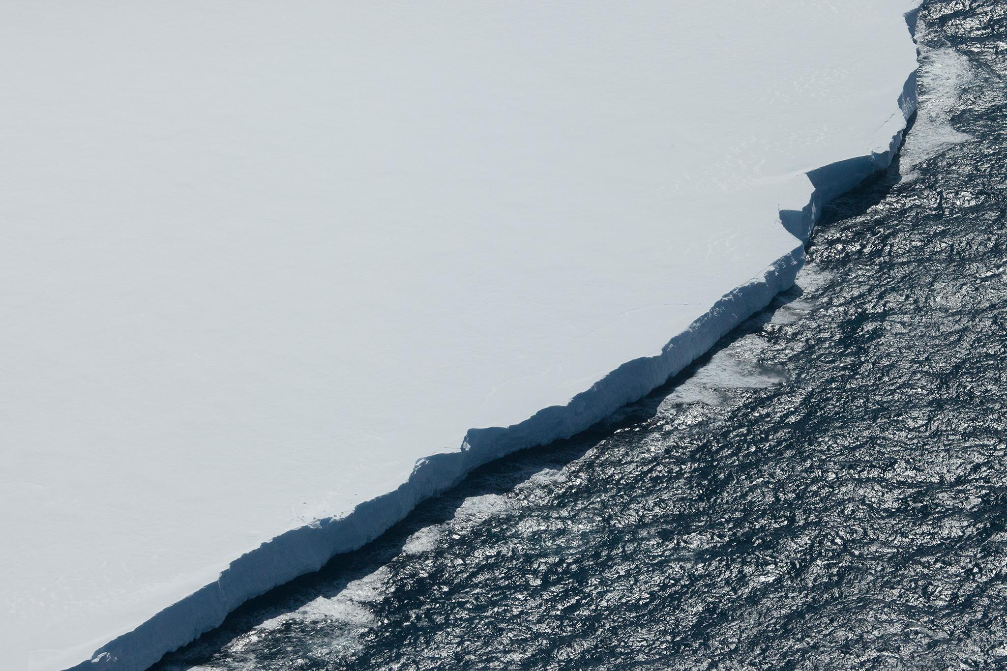 018-TW-Icebergs-140105.jpg