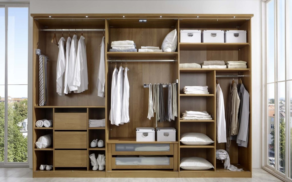 Photo Source: https://www.ties.com/blog/wp-content/uploads/2018/03/How-to-Clean-Out-Your-Closet.jpg