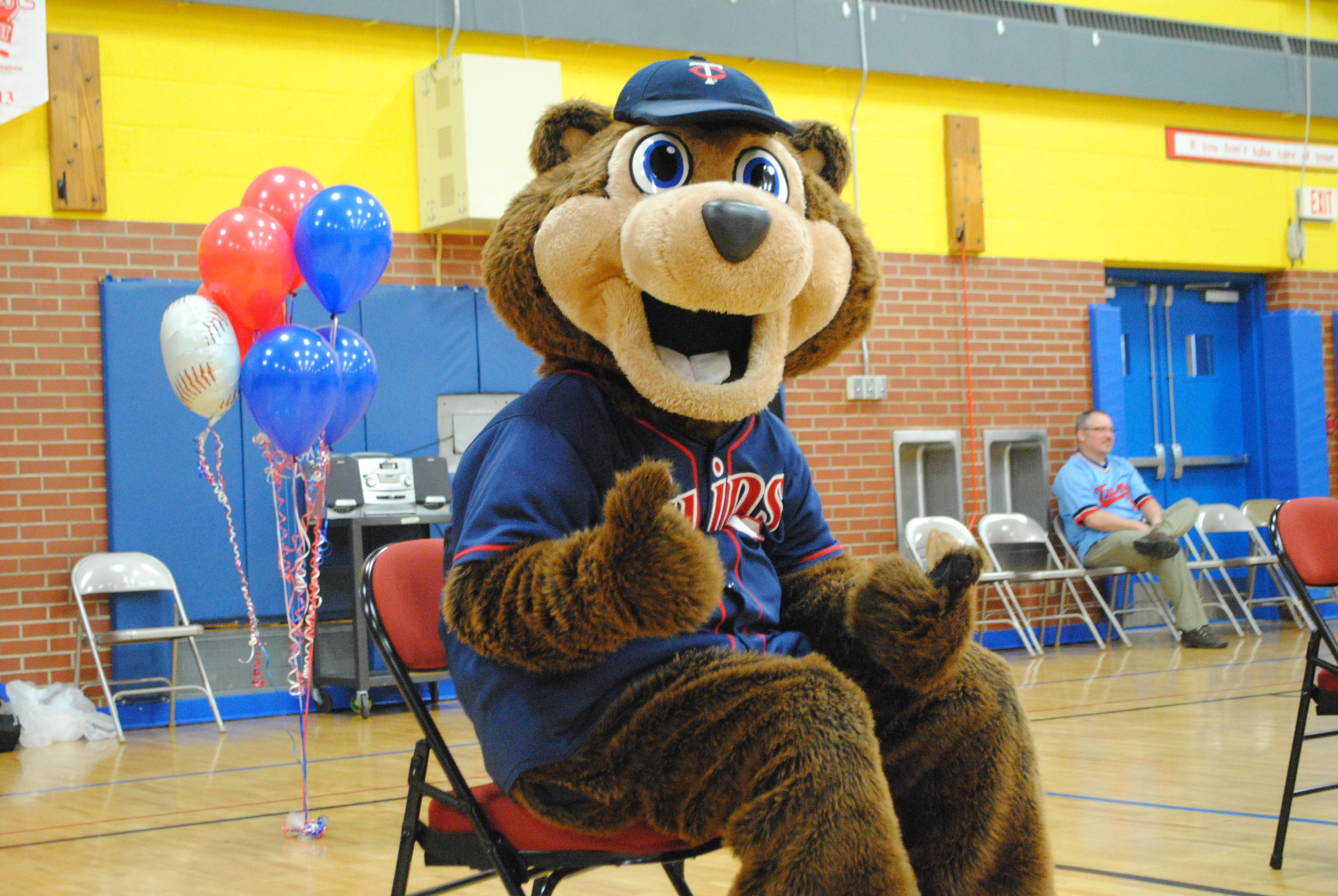 Wadena-Deer Creek K-6 students enjoyed the always entertaining TC Bear. Here he is hamming it up for the camera!