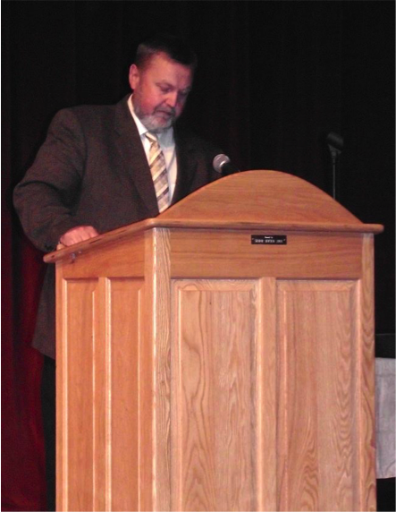 WDC Supt. Lee Westrum gives the welcome at the FCCLA Region 6 Conference in Wadena.