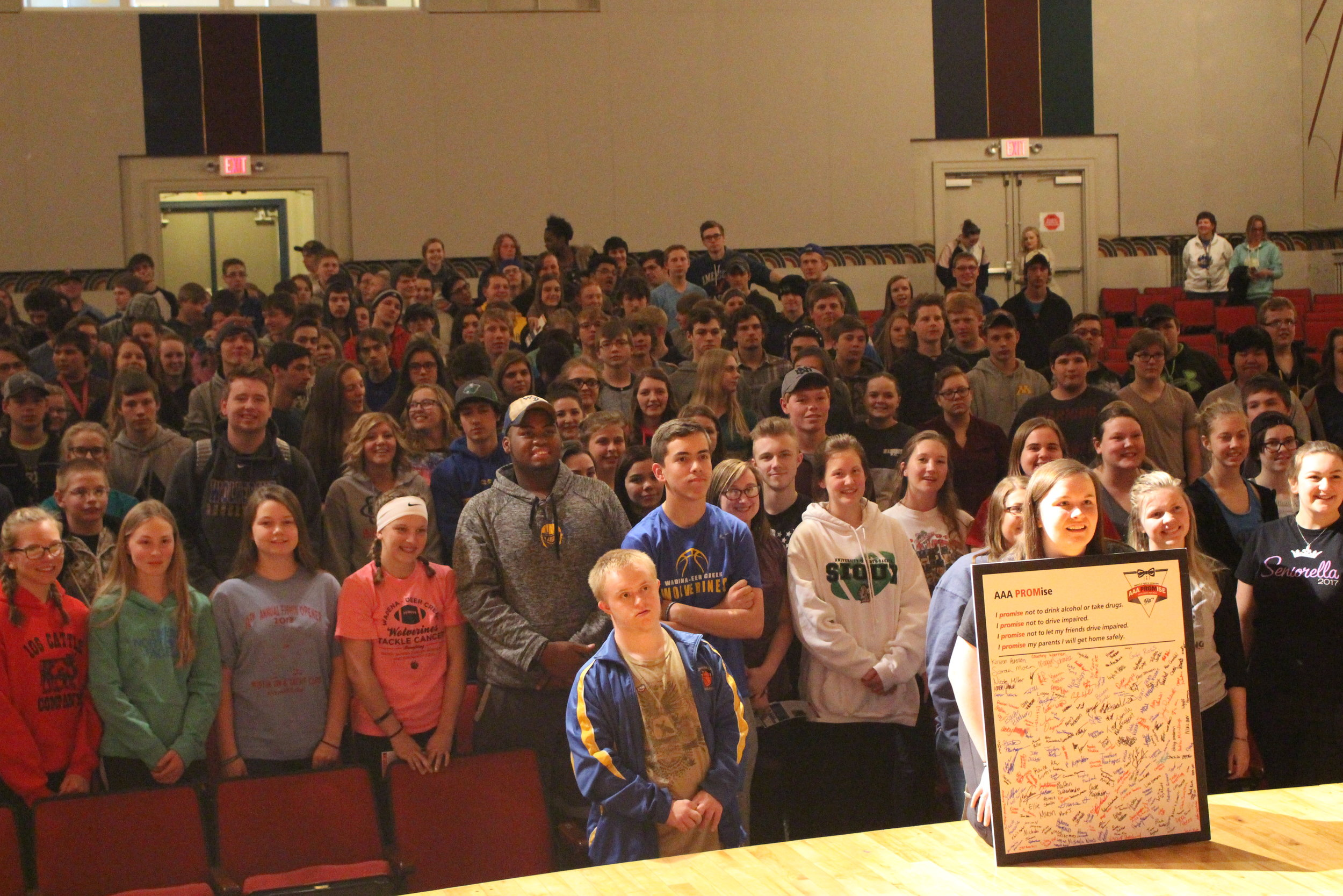 """Rylie Langer and all the WDC students who signed the pledge to """"Not Drink and Drive."""""""