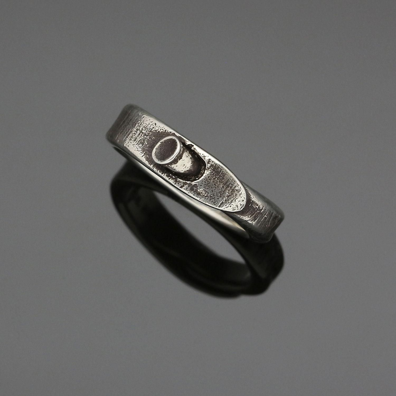 #129 Nail ring