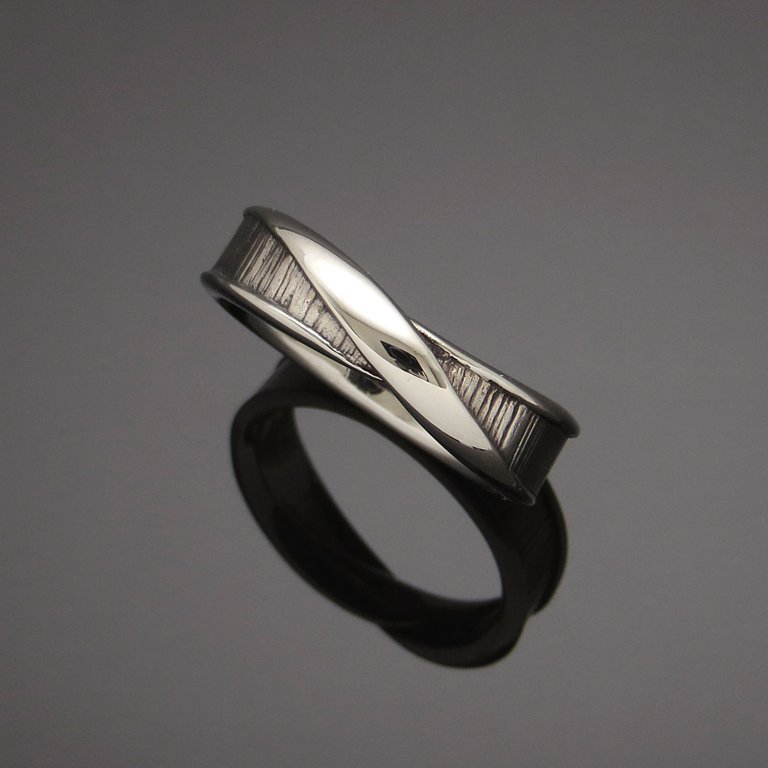 Custom Men's Mobius wedding band