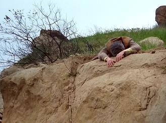 Hence, the name of this episode. Is there also some symbolism here - cliffhanger?
