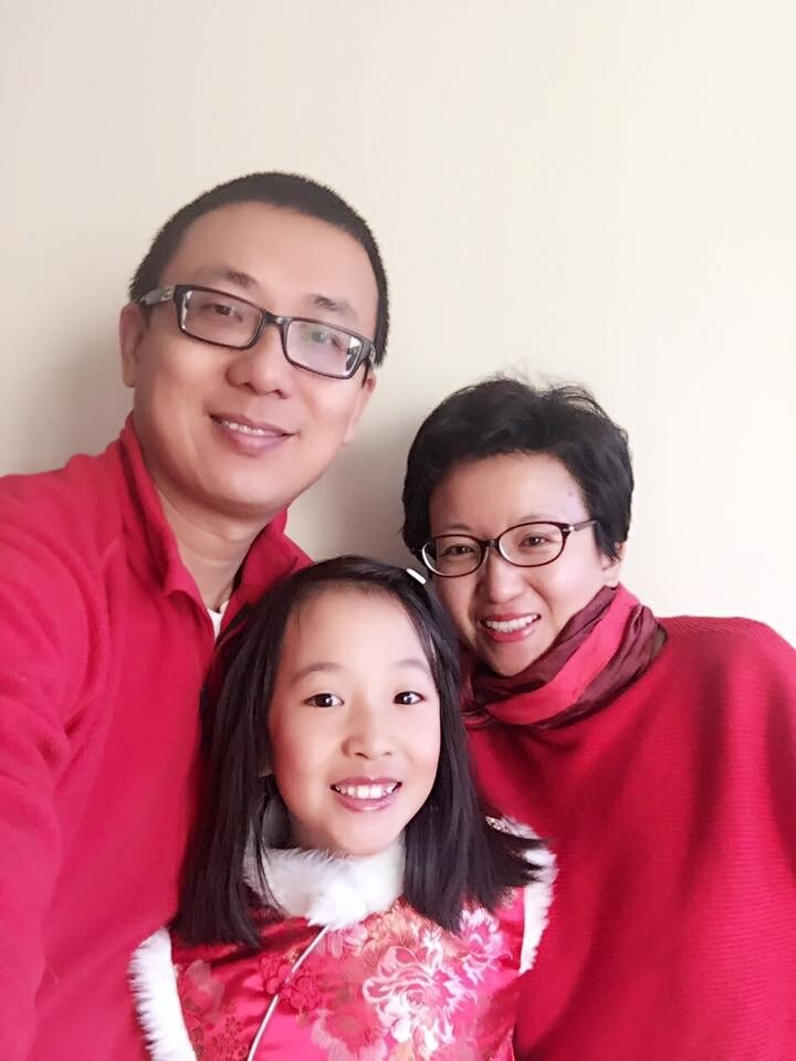 Jing Zhang - with family.jpeg